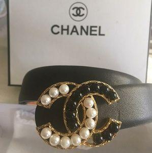 Black Leather faux pearl bead belt